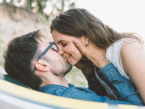 dating bringer usikkerhed ud dating indiske damer i sydafrika